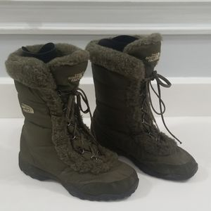 The North Face Nuptuse Fur Boots